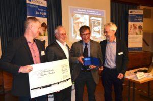 Der Gerd-Unterberg-Preis wird zusammen mit dem Preisgeld überreicht